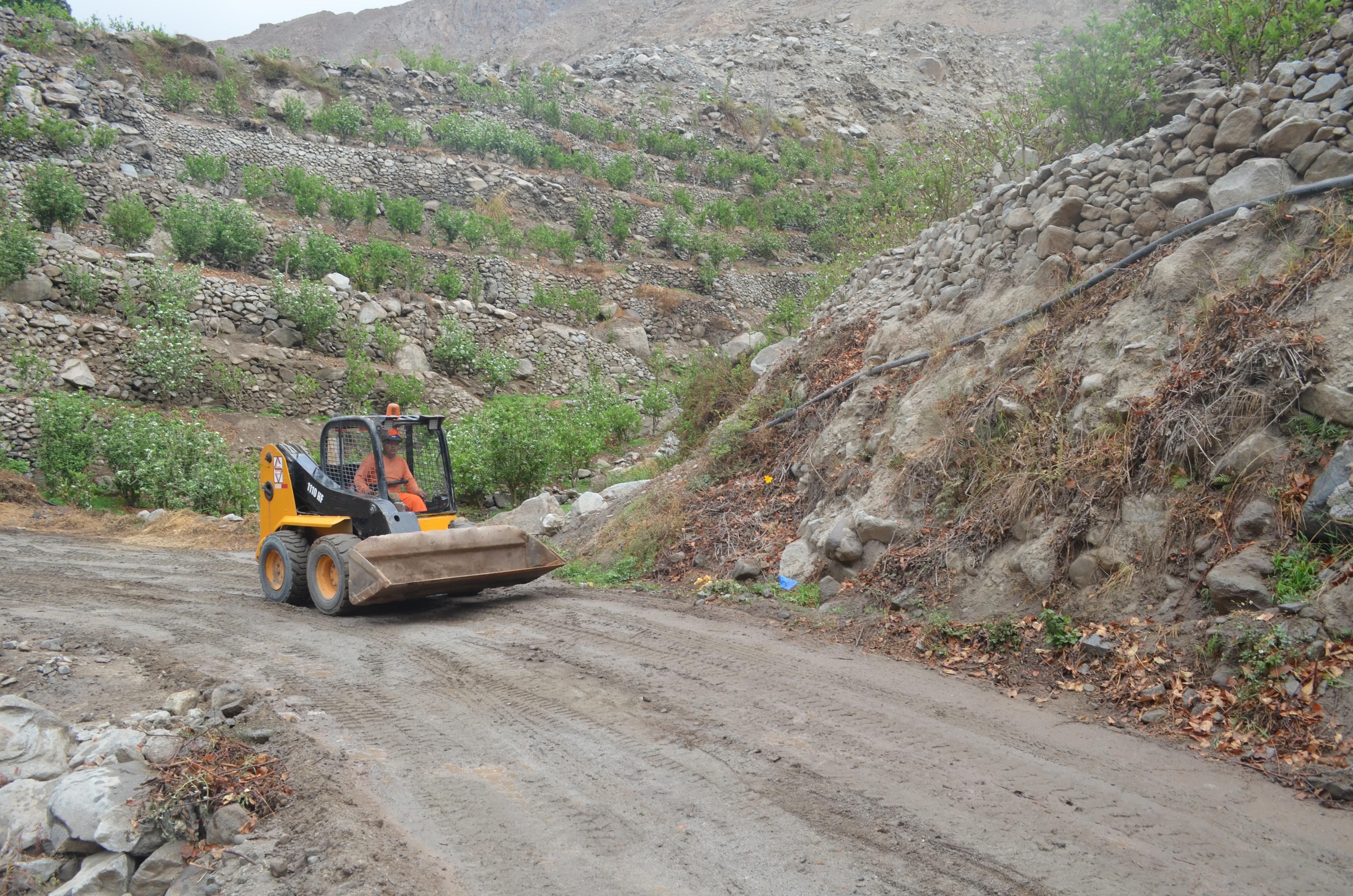 MTC: Avanzan trabajos en la carretera de Mala a Río Blanco