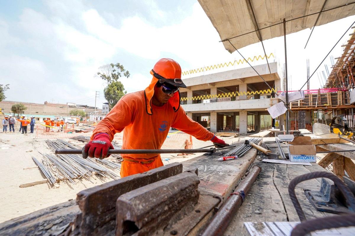 Minedu invertirá 100 millones de soles para mejorar institutos