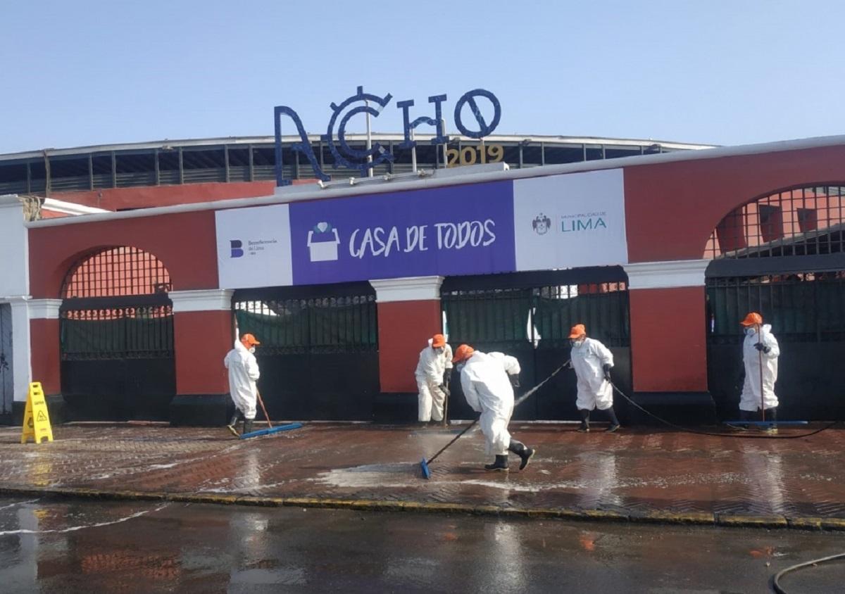 Municipalidad de Lima refuerza desinfección en inmediaciones de la Casa de Todos