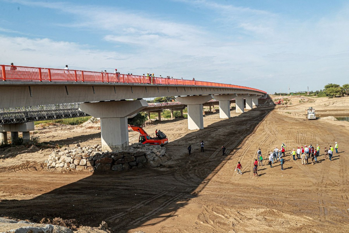 Aprueban lista de procesos en infraestructura que no están sujetos a suspensión de plazos