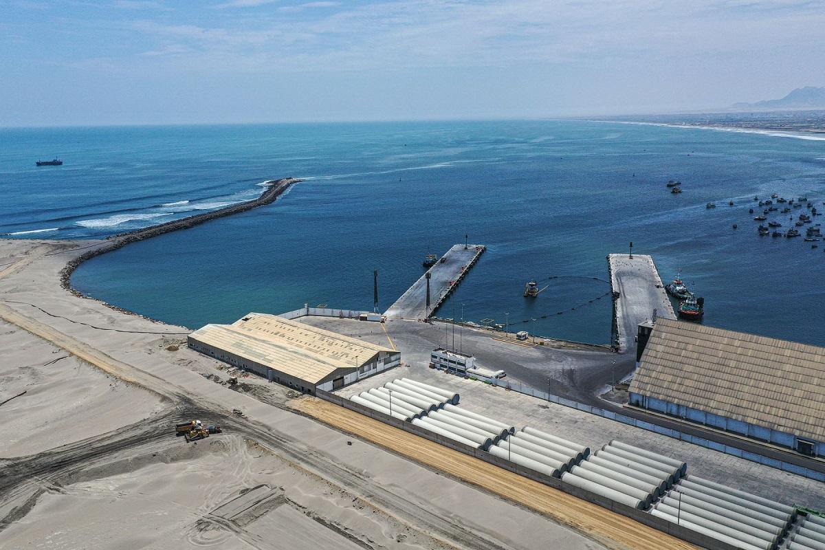 Reanudarán obras en los puertos de Salaverry, Paracas y Matarani
