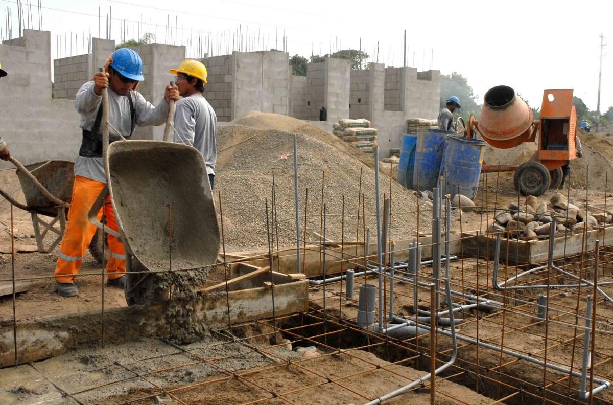 CCL: Demora en aprobación de protocolos impide al sector construcción reinicio de actividades